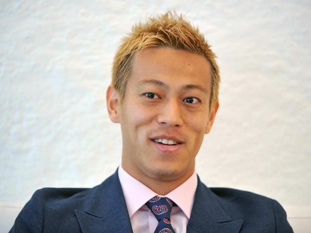 本田圭佑,髪型,最新,画像