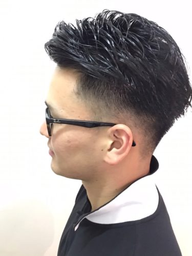 オールバック×後ろ刈り上げヘア