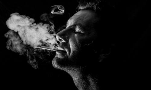 タバコ,髪の毛,パサつき