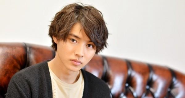 デスノート山崎賢人の髪型