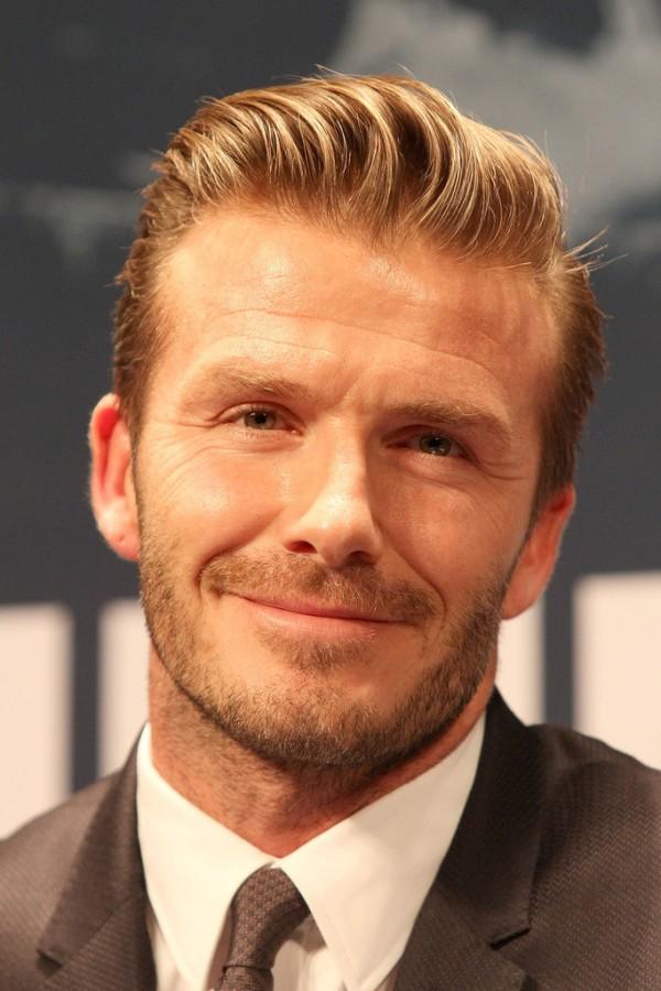David+Beckham+David+Beckham+Signs+Paris+Saint+tc2-mcZQD3Ex
