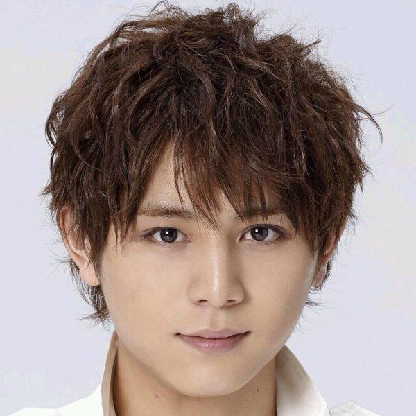 山田 涼介 髪型