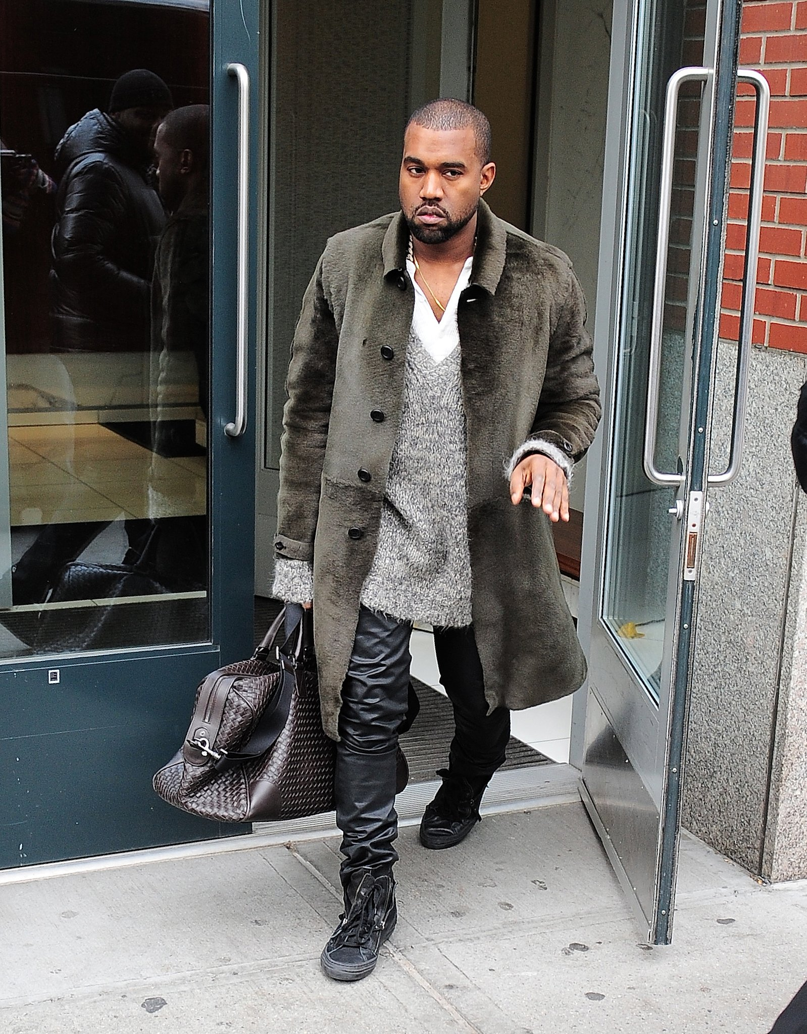kanye-west-never-ending-fashion-fights