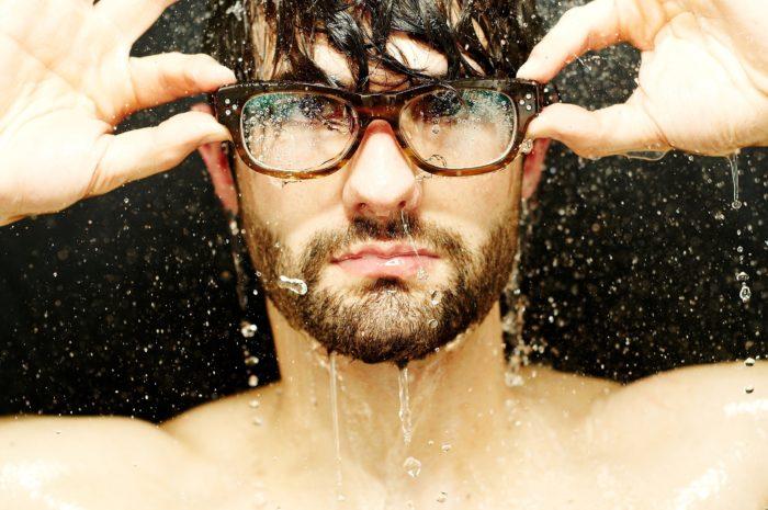 濡れたまま髪を自然乾燥にしている